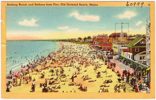 Bathing_beach_and_bathers_from_pier,_Old_Orchard_Beach,_Maine_(60999).jpg